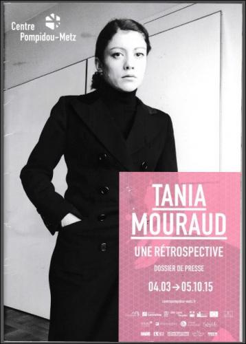 tania affiche dos presse.JPG