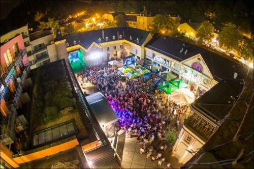 Luxembourg,au rythme du Blues'n Jazz Rallye,la 21ème édition,du Blues'n Jazz Rallye,se déroulera,le 25 juillet,à Luxembourg Ville,en accès libre,luxembourg : capitale de la musique pour un week-end, tuys, district 7, only 2 sticks, go by brooks, seeds to tree, my own ghost, collectif debademba, winston mcanuff & fixi, machete, rokku mi rokka, festival world meyouzik, ltc live annonce le ruk 2015, luxembourg, save the date !, ltc live : un gros câlin et beaucoup de music !, ltc live : la music comme on veut, quand on veut !, ltc live : laisse grandir le petit graoully qui est en toi !, morrissey, depeche mode, seymihol, stop ! goûtez-moi ça ! c'est 100% ltc live !, moussafir, interview du groupe moussafir du 18.05 2015, by jean dorval pour ltc live, ltc live : harmonie et contraste, flagrance musicale !, en mai, fais ce qu'il te plaît en ltc live !, the chameleons, new order, ltc live : music is my drug !, billy idol, tout est bon dans ltc live !, ltc live annonce : manu katché sera au 11ème marly jazz festival, marly, moselle, le républicain lorrain, jean dorval pour ltc, bon jovi, les brumes ou la nuit ? les brumes !!!, ltc live : la voix du graoully, jean dorval pour ltc live, tot, monaco, no, new-order, simple minds, toto