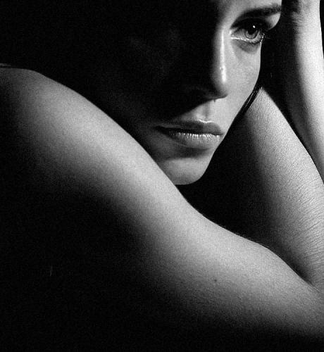 Femme OK 2.jpg