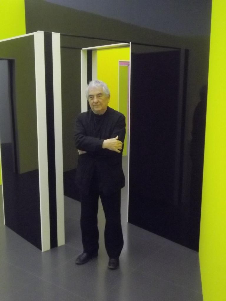 Imbrication de cabanes et de miroirs dans la troisieme for Miroir dans l art