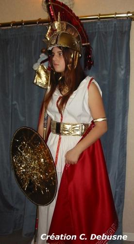 catherine debusne,une vie consacrée au costume traditionnel