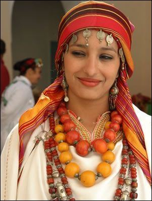 sara-bande marocaine,tc poésie rend hommage à,charles marie rené leconte de lisle,sara-fleur,prélude à sara,le serment à sara,un baiser pour sara,jean dorval,sara ou les nuits d'été,jean dorval pour ltc poésie,jean dorval poète lorrain,poésie lorraine,poésie,cupidon me sert le thé,amour,romantisme,centre pompidou-metz,metz,moselle,lorraine,france,ue,union européenne,europe,art écrit,écriture,thé oriental,saint-valentin,érotisme,sensualité,les jambes,d'une femme,fémininité,le nu