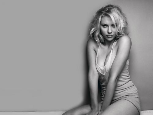Scarlett-Johansson-Sexy.jpg