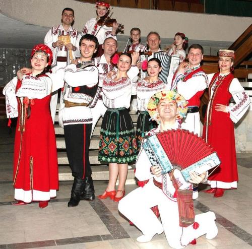 ukraine chants et danses.jpg