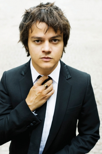 "jamie cullum,edge of something,u2,bb king,call porter,talking heads,le ""une chanson,deux versions(d'ltc live)"" reçoit : inxs,inxs,africando,al jarreau,boogie down,étienne daho,obsession,deux versions(d'ltc live)"" : ed ""obsession."",the beatles,please please me,une chanson deux versions,des attractions désastre,lescop,la forêt,chanson française,lucienne boyer,parlez-moi d'amour,1930,ltc live : ""la voix du graoully !"",charlotte sometimes,logo solo d'ltc live,vilvadi,gloria,simple minds,up on the catwalk,talk takl,the party's over,faith and the muse,in the amber room,ambre,the promise,when in rome,vivaldi,musique classique,radio classique,madness,paul young,joe jackson,u2 le groupe,jean dorval,jean dorval pour ltc live,ltc live : la voix du graoully,la scène ltc live"