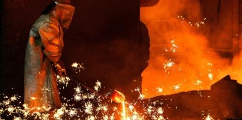 le monde ouvrier trahi,une fois de plus,par le système umps,florange la martyre
