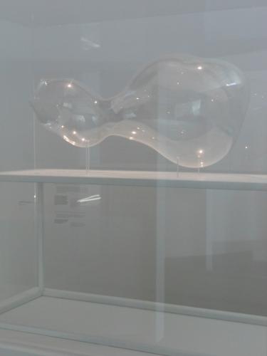 """la magicienne susanna fritscher fait des bulles de cristal,au cpm,un été au cpm !,passez l'été à pompidou,avec le pass,phares,formes simples,194-1999. la décennie,the clock - christian marclay,centre pompidou-metz,1984-1999. la dÉcennie 24 mai 2014 - 2 mars 2015,formes simples 13 juin - 5 novembre 2014,les deux nouvelles expos du,centre pompidou metz,cpm,exposition photographique,degaël lesure,du 1505 au 05072014,timeless & wonderland,la galerimur,metz,ltc arts annonce l'exposition """"hlysnan : the notion and politics,forum d'art contemporain,l'art dans les jardins,édith meunier,les simonets,centre pompidou-metz (cpm) organise du 26 février au 9 juin 2014,à son tour,une exposition sur les paparazzis,dans sa galerie 3,baptisée """"paparazzi ! photographes,stars et artistes."""",l'esthétique paparazzi,viktoria binschtok,tazio secchiaroli,ron galella,pascal rostain & bruno mouron,william klein,gerhard richter,richard avedon,raymond depardon,yves klein,cindy sherman,malachi farrell,alison jackson,kathrin günter,andy warhol"""